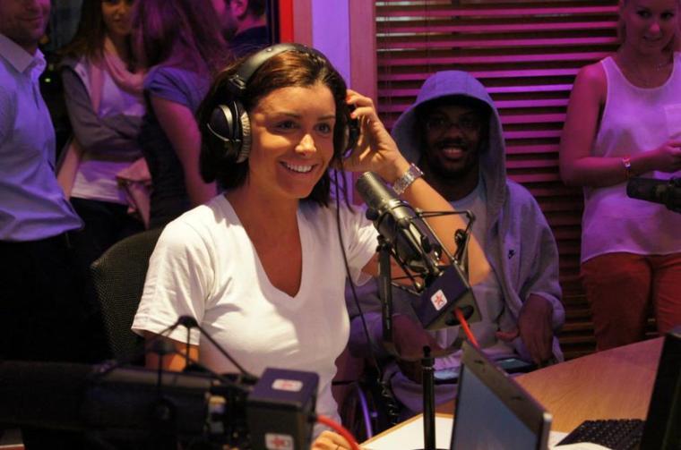 Jenifer sur Virgin Radio Jeudi 21 Juin dans Hanouna Le Matin (6h / 9h)