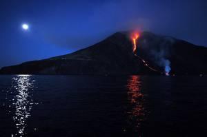 Eruption exceptionnelle des 07 & 08/08/2014 - 1