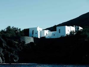 """J'ai trouvé la maison du film """"Stromboli"""" (1950) !      :-)      (2/3)"""