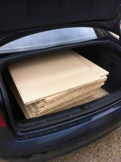 22 dalles de plancher dans le coffre...