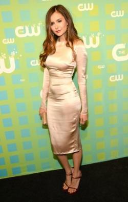 ARTICLE 11 | Nina qui insiste a l'évènement CW + Paul Wesley pour Mr Porter + Scoop sur la saison 4