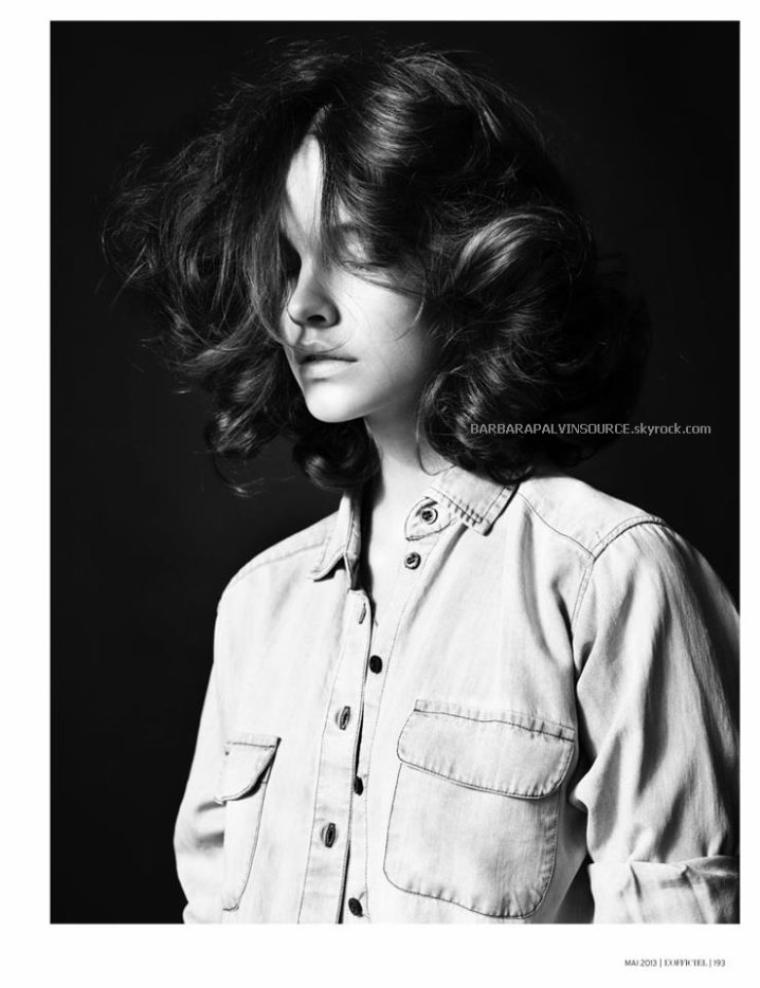 """Barbara en couverture du magazine français L'Officiel et la voici dans une nouvelle publicité L'Oréal Paris pour les nouveaux rouges à lèvres de la marque les """"Shine caresse"""""""