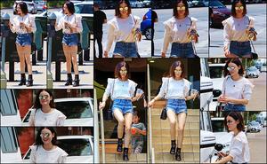 08/07/2017 : Lucy Hale, de très bonne humeur, s'est rendue à un rendez-vous professionnel dans L. Angeles. La belle n'arrête pas en ce moment et lorsqu'elle n'est pas en tournage, elle continuer de travailler. Au niveau de la tenue, je n'aime pas trop les bottes.