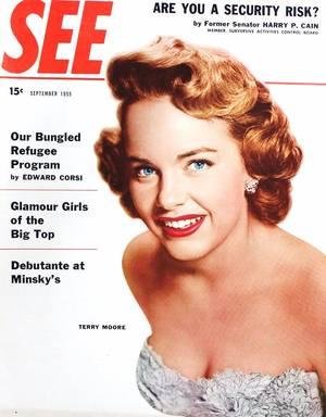 """Terry MOORE est une actrice américaine née le 7 janvier 1929 à Los Angeles (Californie). Elle fut connue sous divers autres pseudonymes : Jan FORD, Judy FORD, ou sous son nom de baptême Helen (Luella) KOFORD. Elle fut nominée aux Oscars pour son rôle dans un succès de l'époque intitulé """"Reviens petite Sheba"""" (1953), produit par les studios Paramount Pictures."""