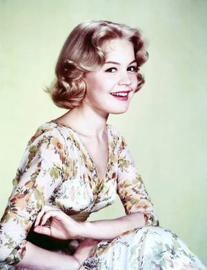 Sandra DEE pictures (part 2).