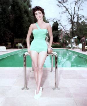 Elizabeth TAYLOR pictures (part 2).
