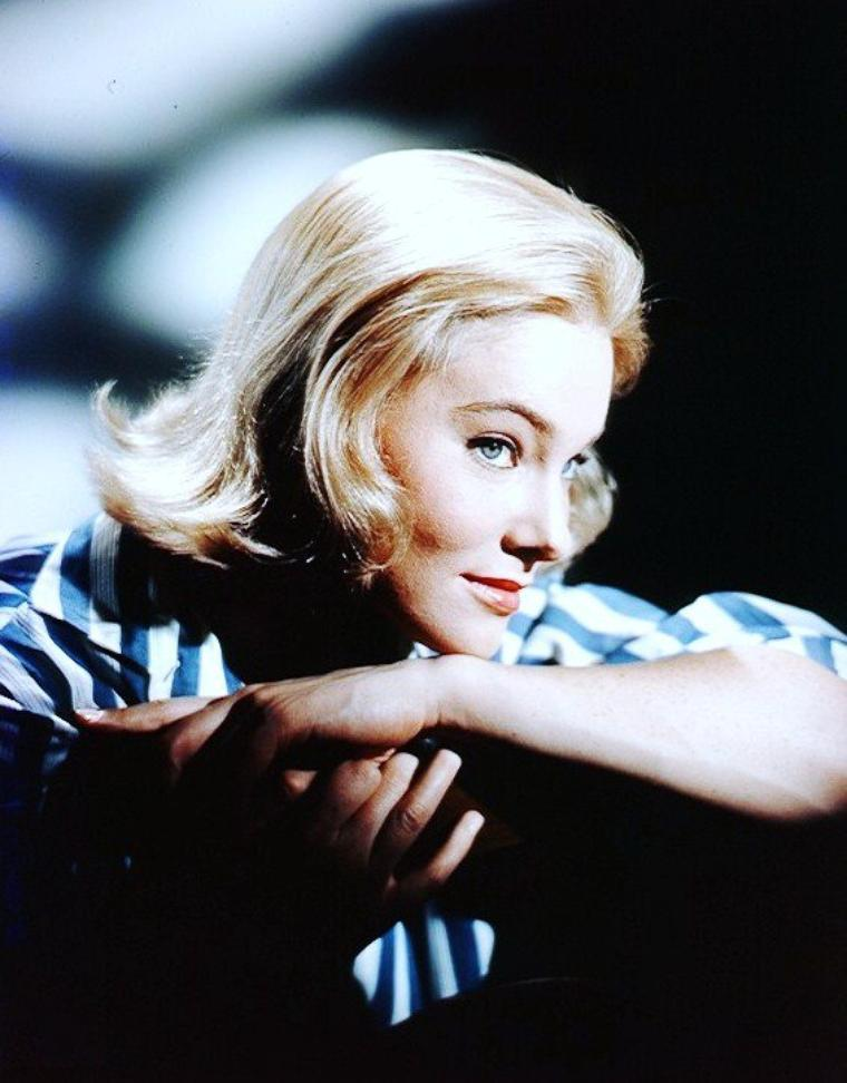 May BRITT, née Maybritt WILKENS le 22 mars 1933 à Lidingö, comté de Stockholm, en Suède, est une actrice suédoise.