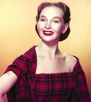 Taina ELG née le 9 Mars 1930 est une actrice et danseuse américaine.