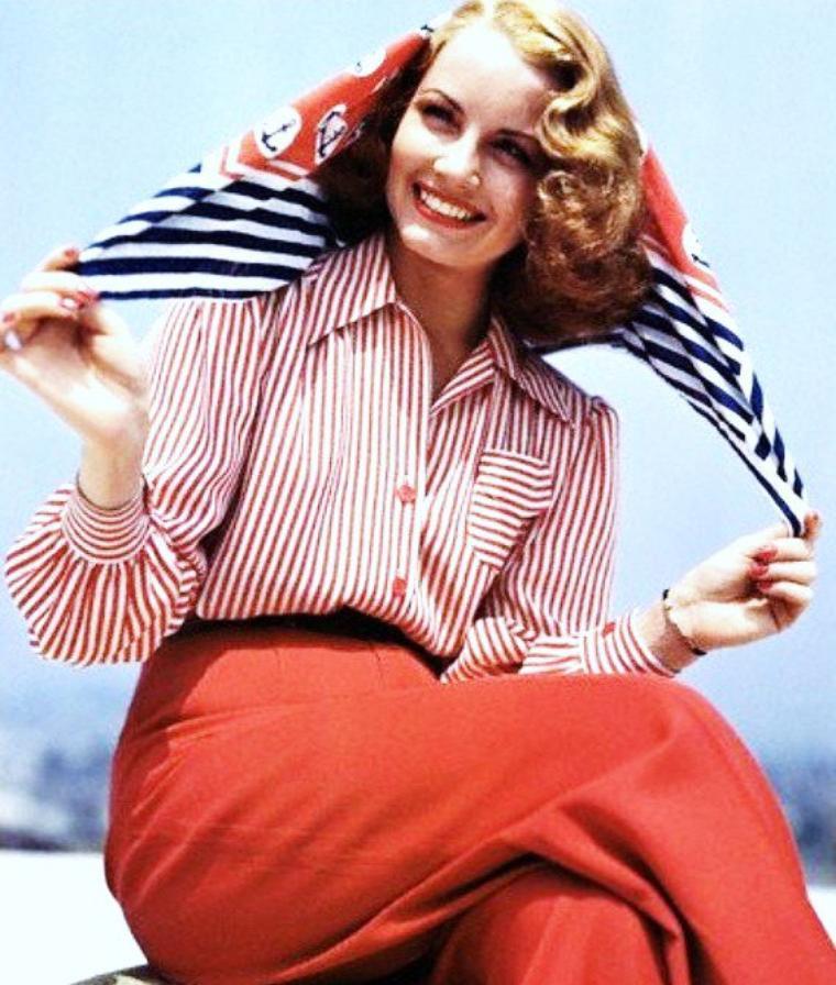 Janet BLAIR est une actrice et chanteuse américaine, de son vrai nom Martha Jane LAFFERTY, née à Altoona (Pennsylvanie, États-Unis) le 23 avril 1921, décédée à Los Angeles (Californie, États-Unis) le 19 février 2007.