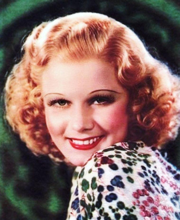 Jean HARLOW (parfois orthographié HARLOWE), de son vrai nom Harlean HARLOW CARPENTER, née le 3 mars 1911 à Kansas City, Missouri, et morte le 7 juin 1937 à Los Angeles, Californie, est une célèbre actrice américaine des années 1930. Surnommée par la presse « Baby », ou « The Platinum Blonde », en référence au film homonyme sorti en 1931, elle est morte en pleine gloire d'un empoisonnement urémique causé par une néphrite aiguë.