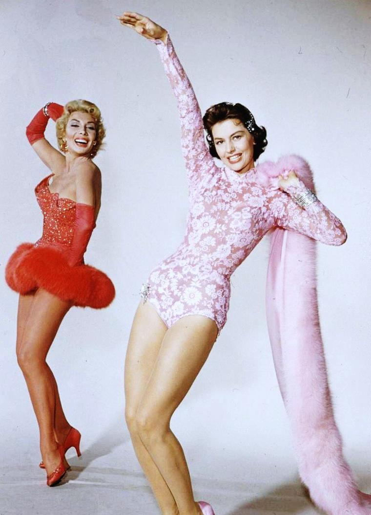 Cyd CHARISSE and Dolores GRAY by Loomis DEAN 1955