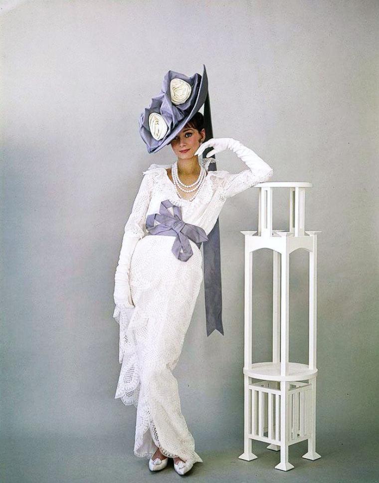 """Les robes d'Audrey (HEPBURN) signées GIVENCHY pour le film """"My fair lady"""" en 1964."""