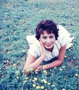 INSTANT CHAMPETRE avec... Sophia LOREN (1957)