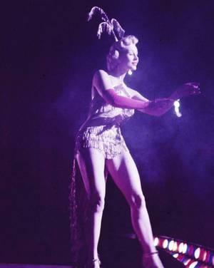 "Quand Virginia MAYO ""fait son show"" en 1952..."