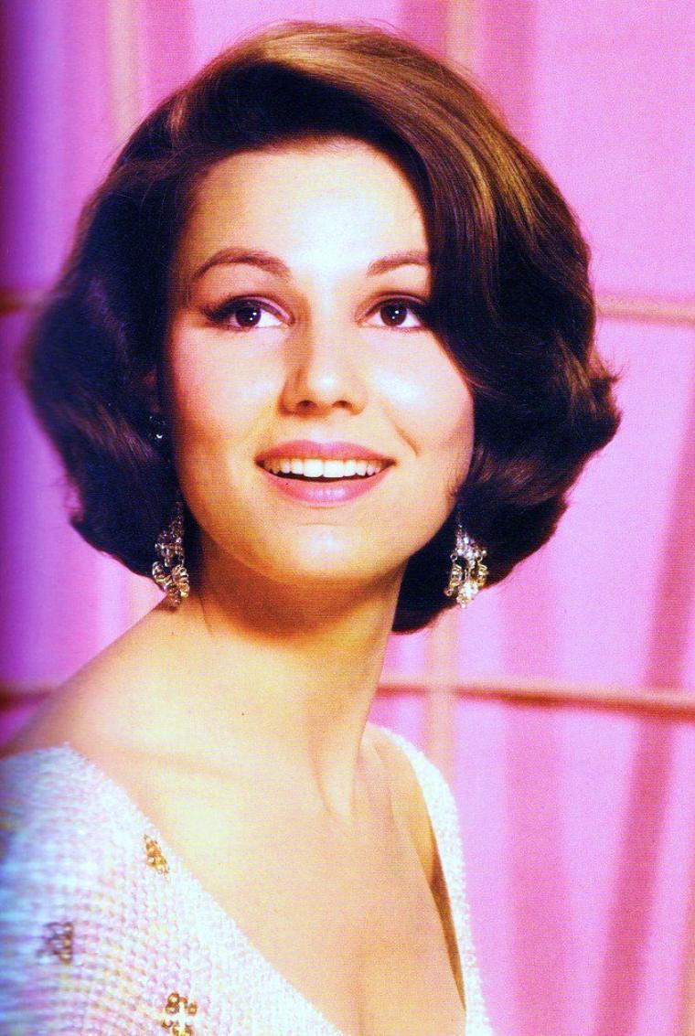 Portrait... Paula PRENTISS