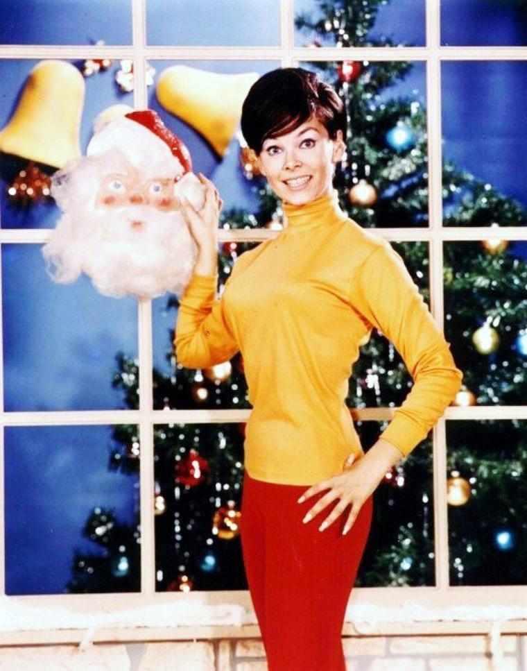 Yvonne CRAIG pictures (part 2).