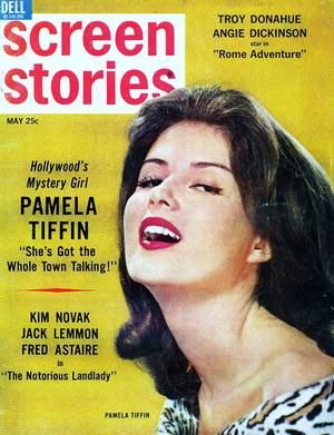 COVERS de STARS : de haut en bas : Natalie WOOD / Olympe BRADNA / Olivia De HAVILLAND / Pamela TIFFIN / Raquel WELCH / Sheree NORTH / Sandra DEE / Tina LOUISE
