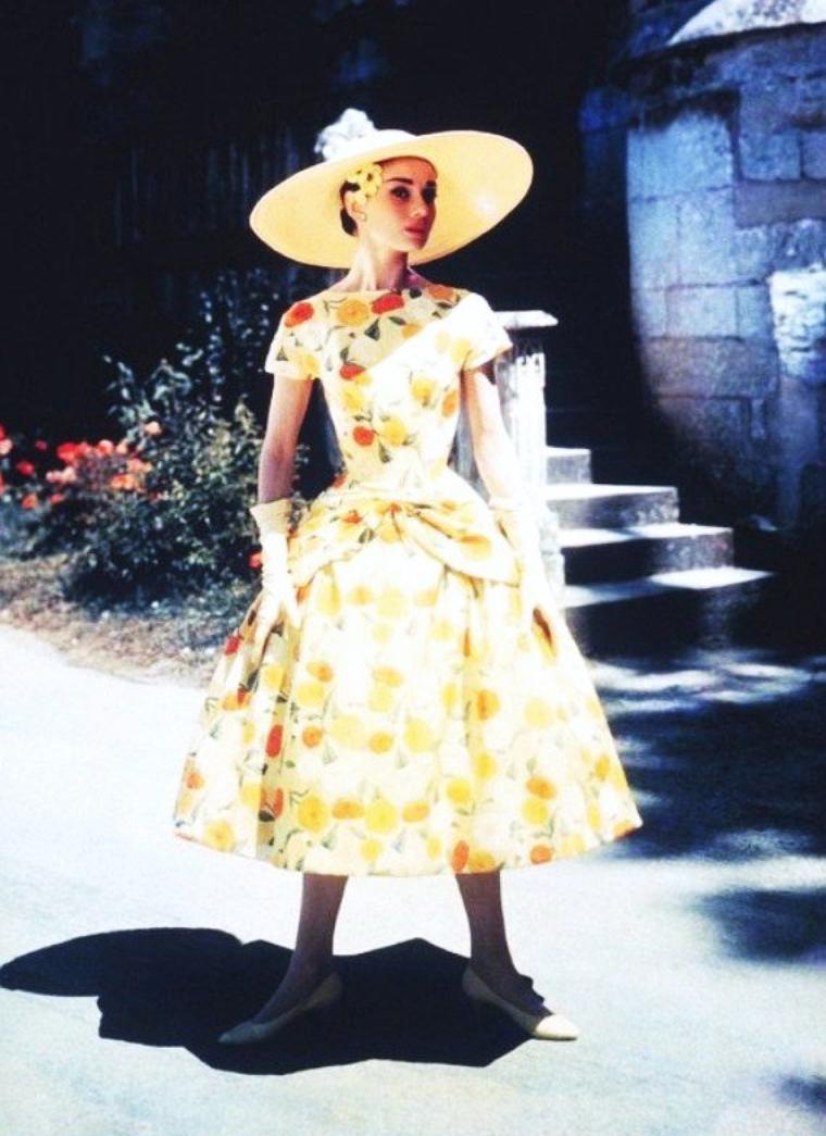 A chacune sa petite robe légère d'été... de haut en bas : Audrey HEPBURN / Anita EKBERG / Sophia LOREN / Elizabeth TAYLOR / Brigitte BARDOT / Giorgia MOLL / Martine CAROL / Marilyn MONROE
