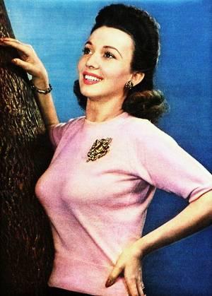 Elle n'aura pas connue les années 50... Carole LANDIS (01/01/1919 - 05/07/1948).