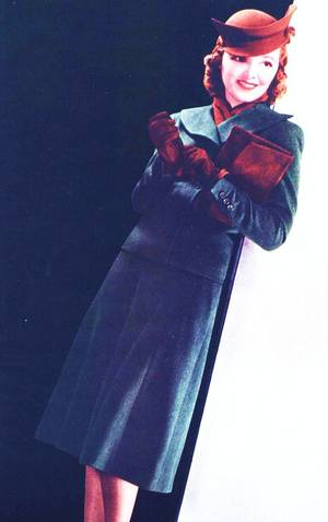 Les années folles, les années 30... (photos entre 1935 et 1938, avec de haut en bas) Alice FAYE / Madeleine CARROLL / Barbara STANWYCK / Bette DAVIS / Loretta YOUNG / Katharine HEPBURN / Janet GAYNOR / Myrna LOY
