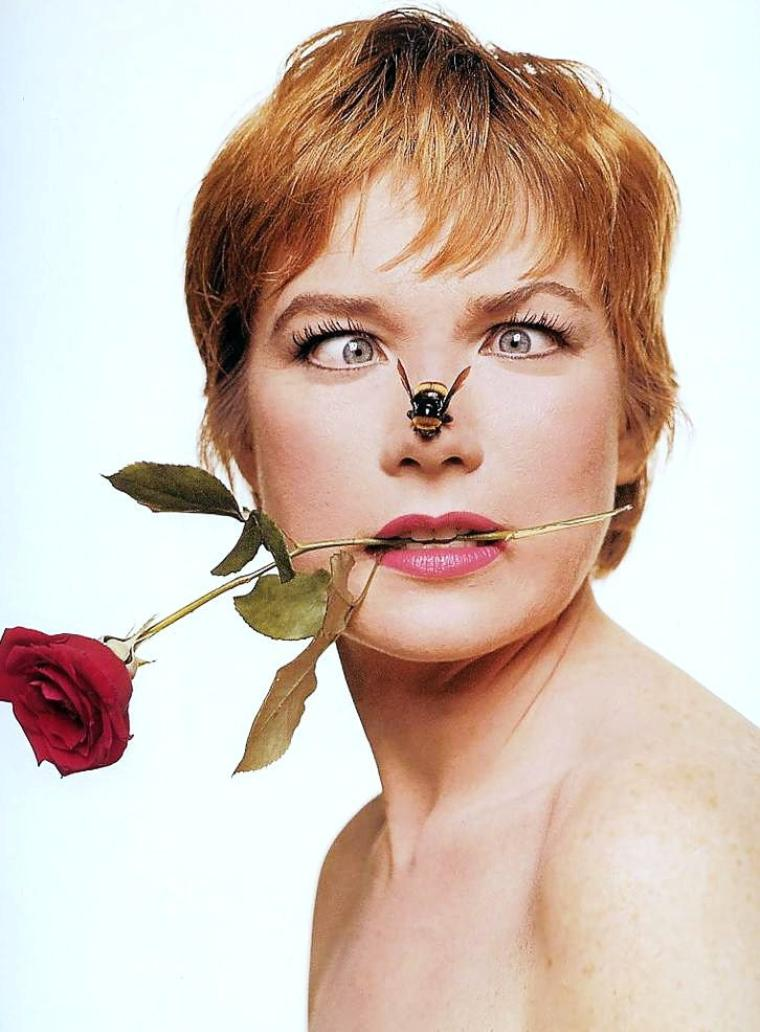 Portrait... Shirley MacLAINE by Bert STERN (1960)