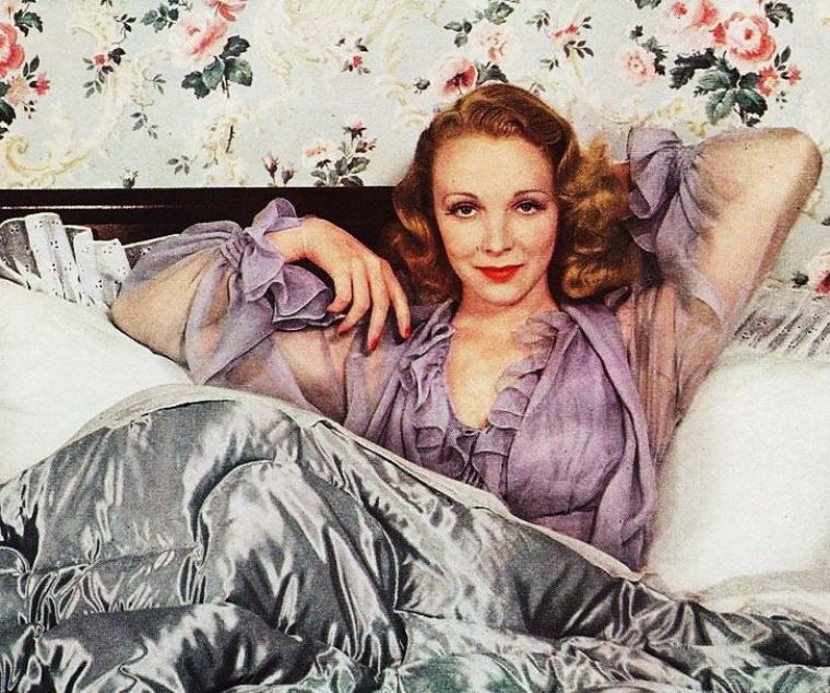 INEDIT / Virginia BRUCE est une actrice et chanteuse américaine, née Helen Virginia BRIGGS à Minneapolis (Minnesota) le 29 septembre 1910, décédée d'un cancer à Los Angeles — Quartier de Woodland Hills — (Californie) le 24 février 1982.