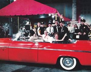 CITATION / « Les femmes conduisent désormais comme les hommes. Ce qui m'étonne, c'est qu'elles en soient fières.  » de Marcel ACHARD (de haut en bas) Carole LOMBARD (advertising) / Lucille BALL (and Desi ARNAZ) / Kathleen CROWLEY / Debra PAGET / Rita HAYWORTH / June ALLYSON / Doris DAY / Anita EKBERG and Pat CROWLEY (with Dean MARTIN and Jerry LEWIS).