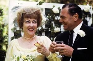 PROVERBE JAMAÏCAIN / « Ouvre les deux yeux jusqu'au mariage, après, essaie d'en garder un fermé. » (de haut en bas) Diana DORS / Vivien LEIGH and Laurence OLIVIER (mariés dans la vraie vie) / Elizabeth TAYLOR / Barbara PARKINS / Deborah KERR / Inger STEVENS / Shirley TEMPLE and John AGAR (mariés dans la vraie vie) / Ethel MERMAN and Ernest BORGNINE (mariés dans la vraie vie).