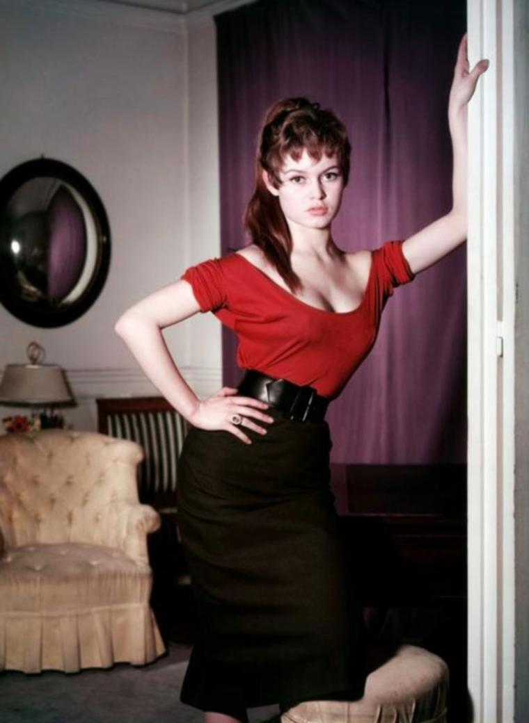 Leslie CARON versus Brigitte BARDOT