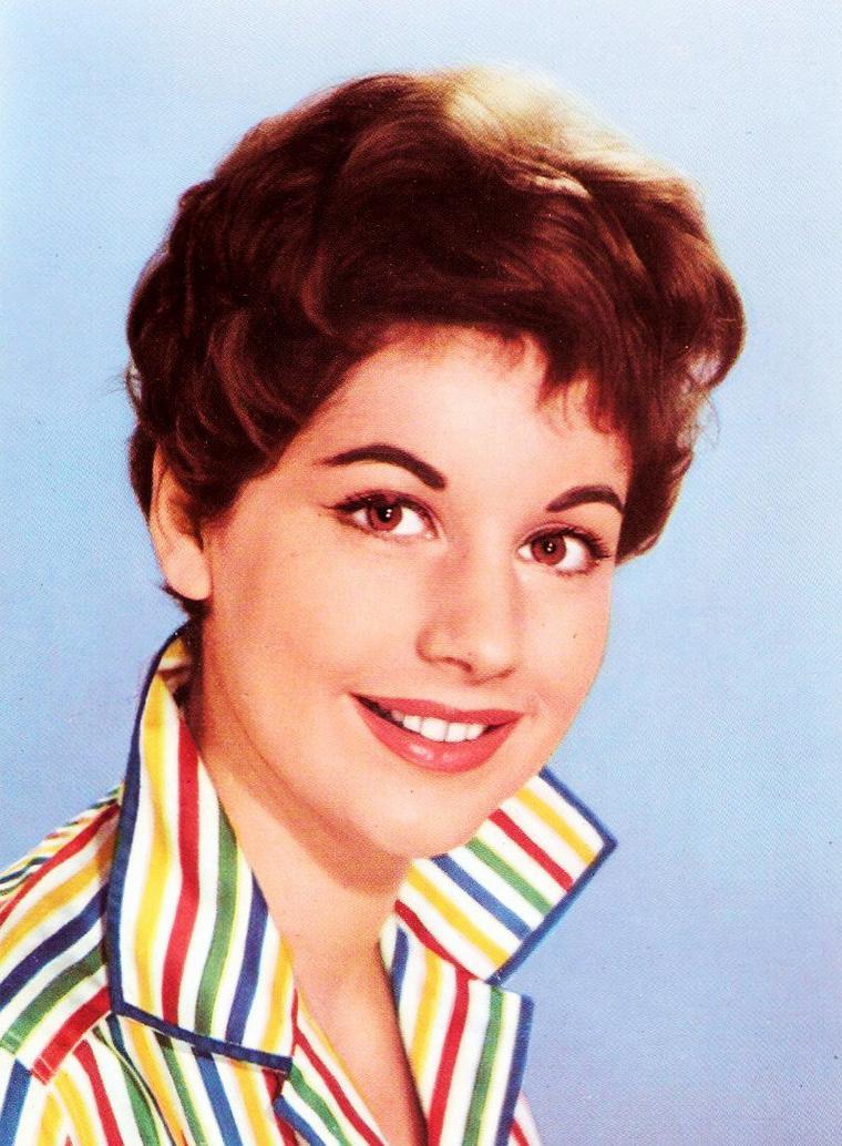 NEWS / Johanna Von KOCZIAN est une actrice et chanteuse Autrichienne, née à Salzbourg, le 30 Octobre 1933