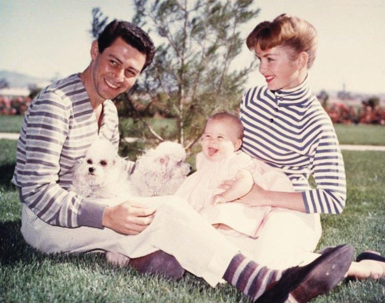 BELLE JOURNEE A TOUTES ET A TOUS EN FAMILLE !... (photo Debbie REYNOLDS et Eddie FISHER).