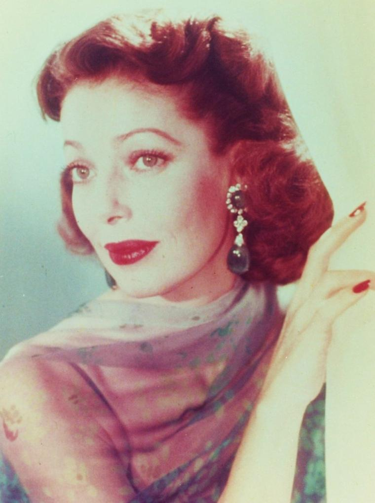LES NEWS de... Loretta YOUNG