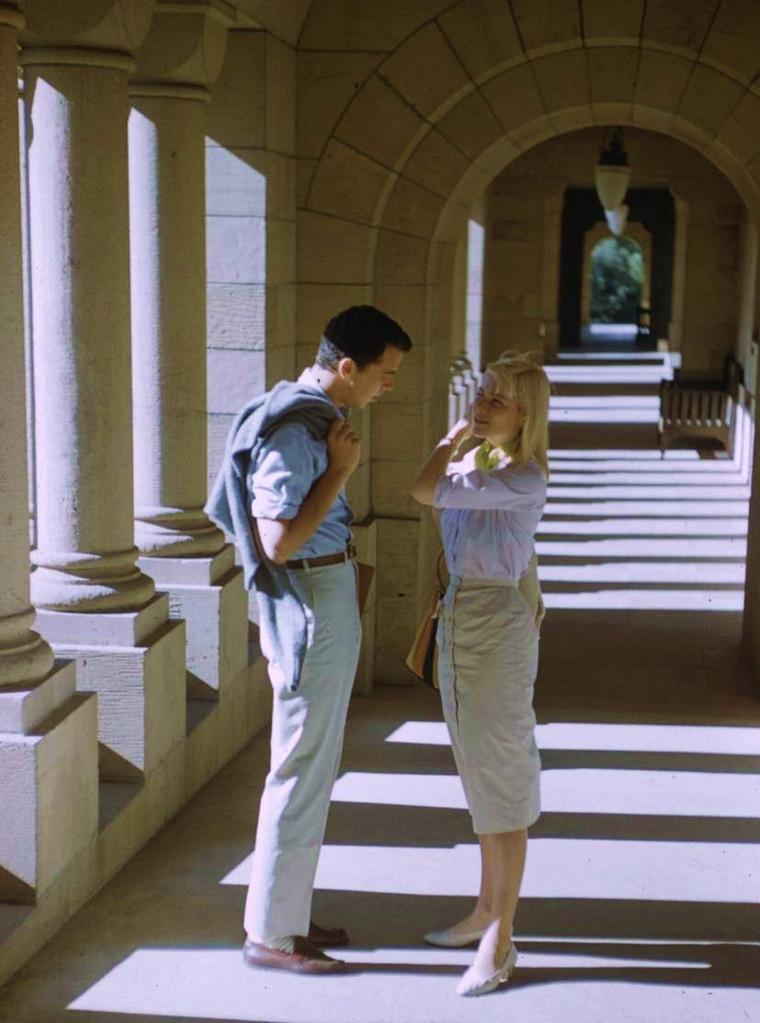 """1959 / Quand May BRITT rencontre, par une journée estivale,  Fabrizio MIONI dans le film """"Blue Angel""""..."""