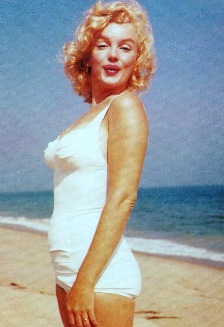 1958 / Mes scans cartes postales de Marilyn à Amagansett sous l'objectif de Sam SHAW (part 2).