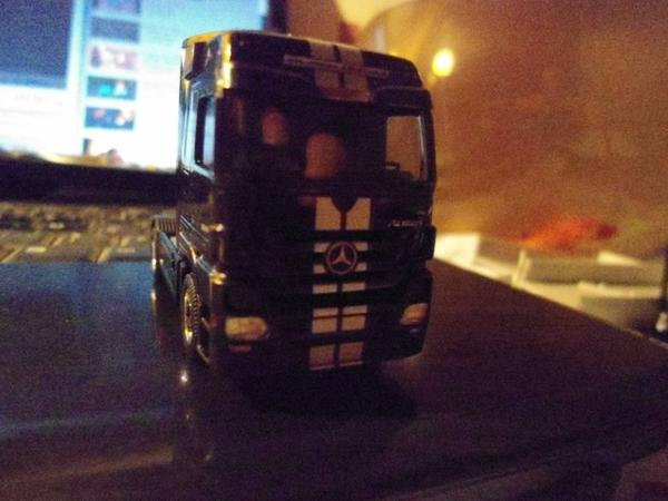 mp3 actros BLACK LINER