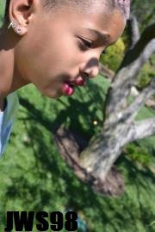 Willow x)
