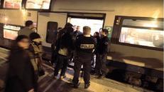 Côte d'Azur : deux femmes voilées agressées par une folle dans un TER
