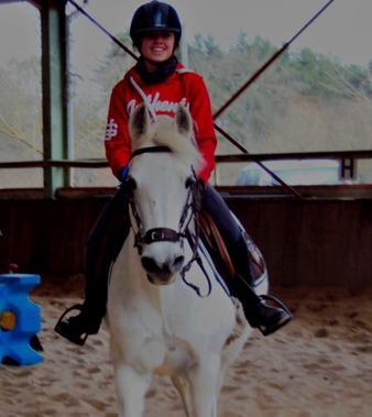 Dans la vie, il y a beaucoup de chose que je ne comprends pas, on rencontre des milliers de chevaux et soudain on rencontre un cheval et notre vie est changée pour toujours.