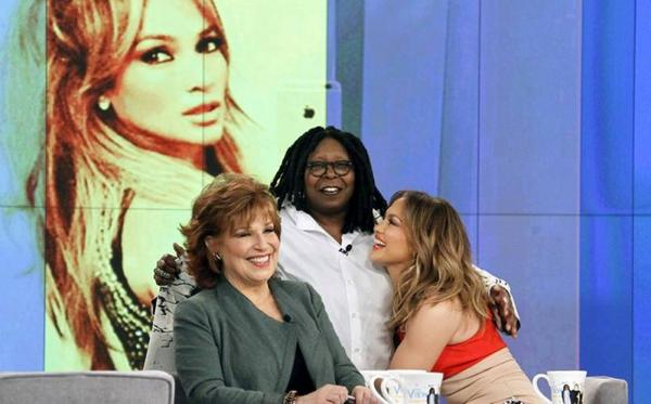 "Jennifer sur le plateau de ""The View"" le 31.03.2016"