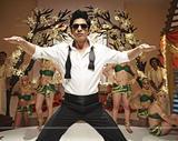 Film : Bollywoodien  Ra.One 156 minutes[Science-fiction, Action et Comédie]