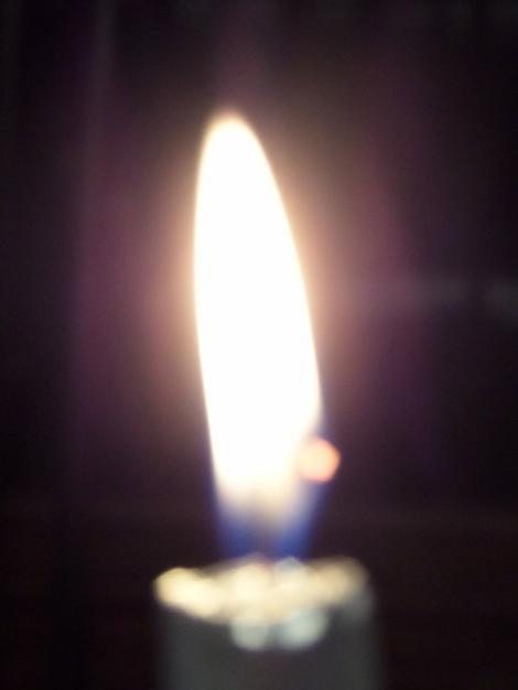 Une flamme, un peu d'oxygène, il n'en faut pas plus pour que se crée un incendie