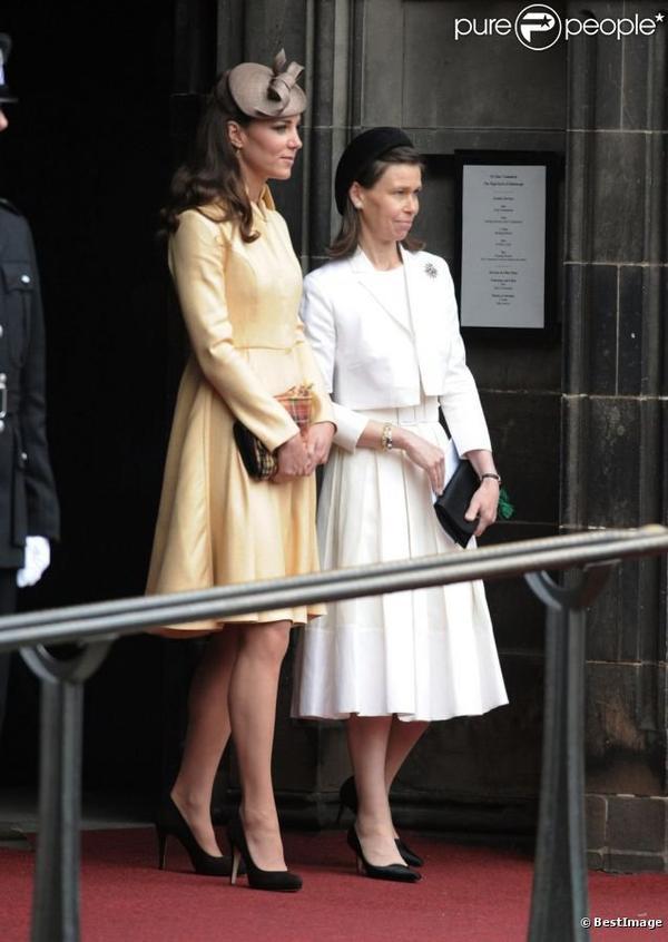 Kate pour admirer William nouveau chevalier de l'ordre du Chardon