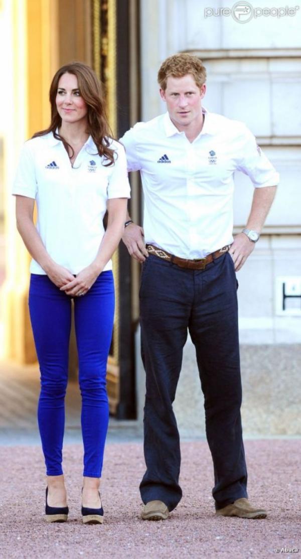 Kate, William et Harry pour le passage de la flamme olympique