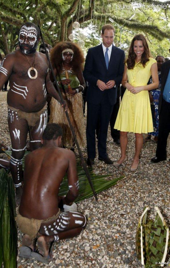 Kate et William à la visite d'un village culturel