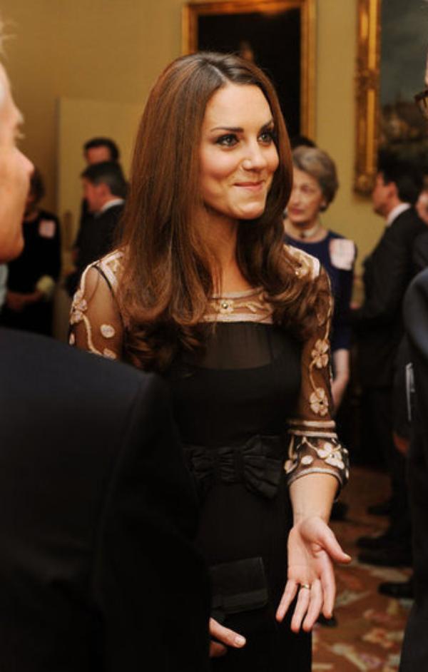 Kate à Buckingham Palace pour recevoir les médaillés olympiques