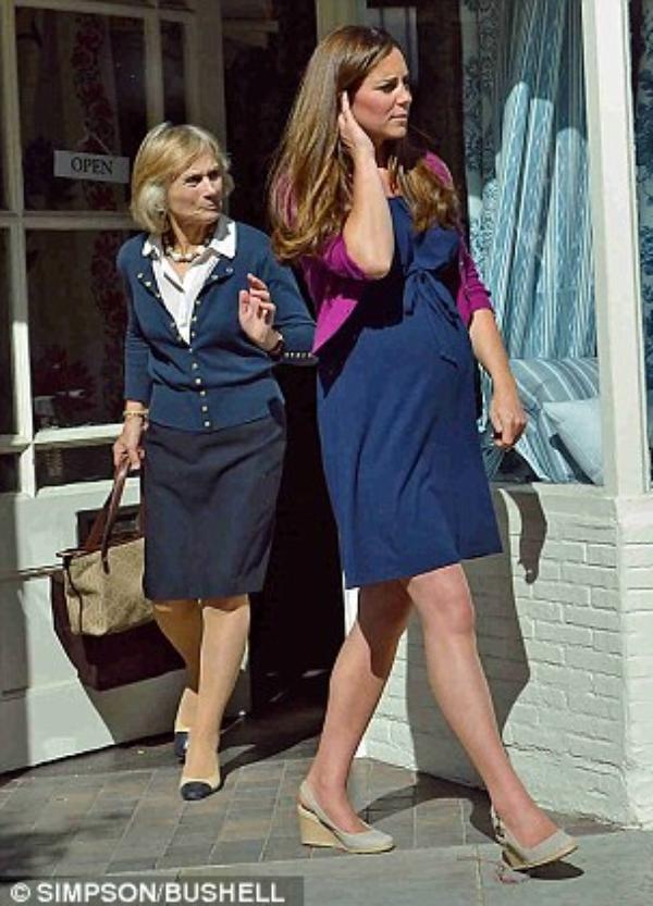 Kate en sortie un mois avant l'arrivée du bébé