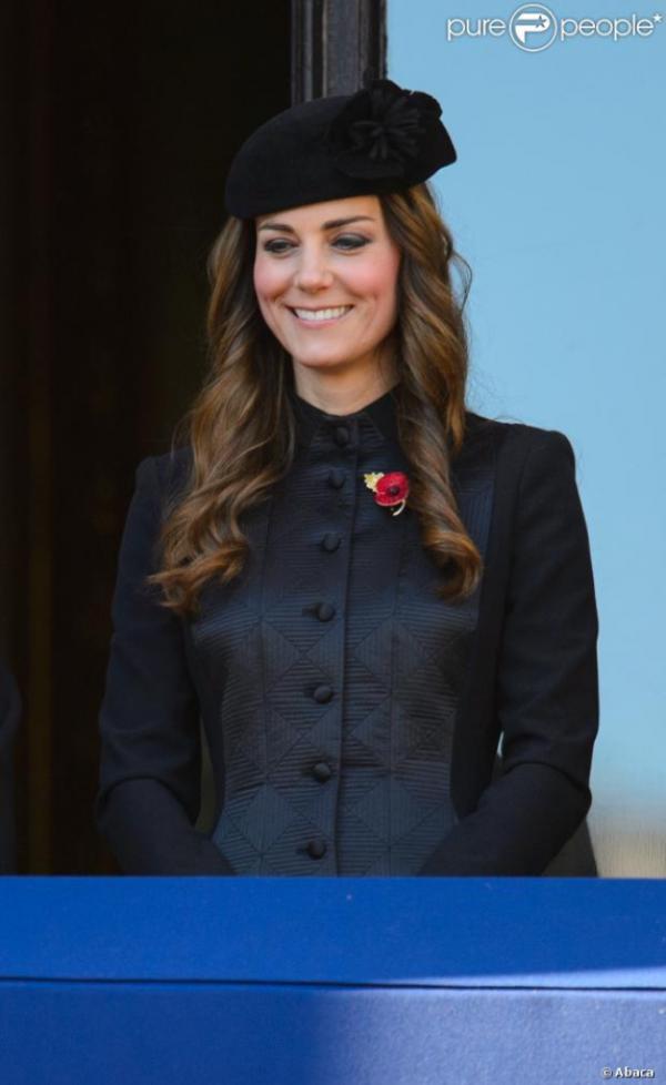Kate pour un hommage émouvant aux troupes disparues