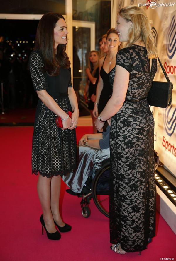 Kate à un gala de charité