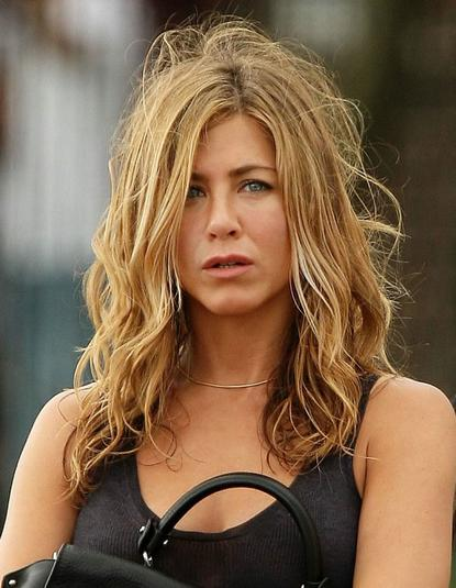 Jennifer Aniston Pictures Gallery | Jennifer Aniston Hairs | Jennifer and Brad | Beautiful Jennifer Pictures |