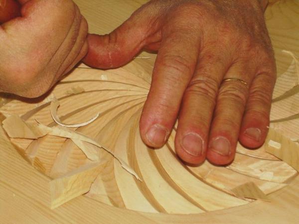 Métiers du bois, Art du bois, Sculpteur